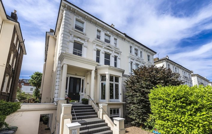 Flat for sale in Belsize Park, Belsize Park
