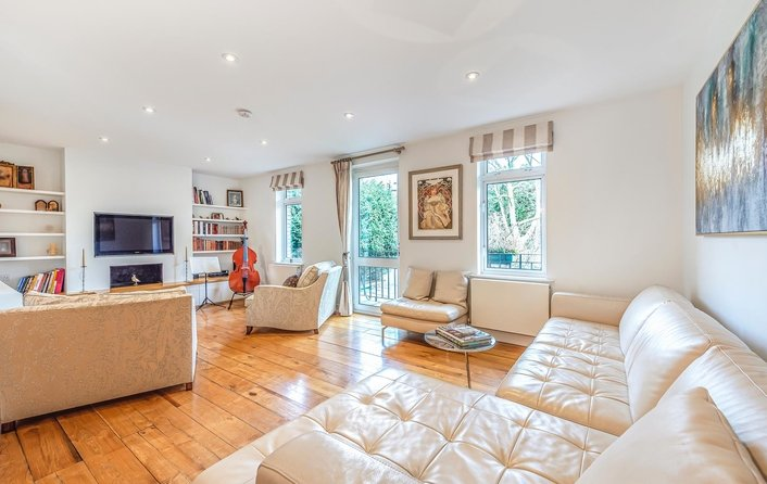 Flat for sale in Aldred Road, West Hampstead