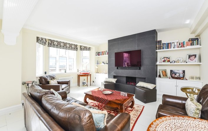Flat for sale in College Crescent, Swiss Cottage