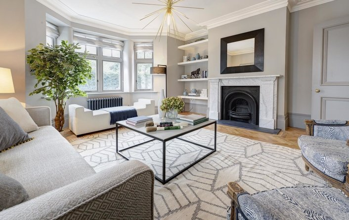 Flat for sale in East Heath Road, Hampstead