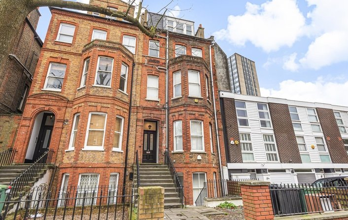 Flat for sale in Fellows Road, Belsize Park
