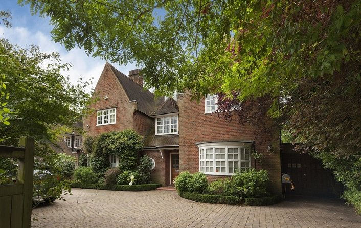 House for sale in Hampstead Way, Hampstead Garden Suburb