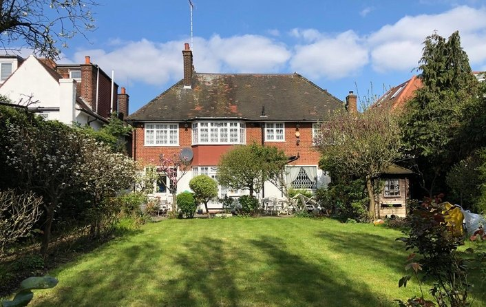 House for sale in Hocroft Avenue, The Hocrofts