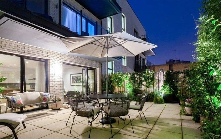 Flat for sale in Lexington Place, Golders Green