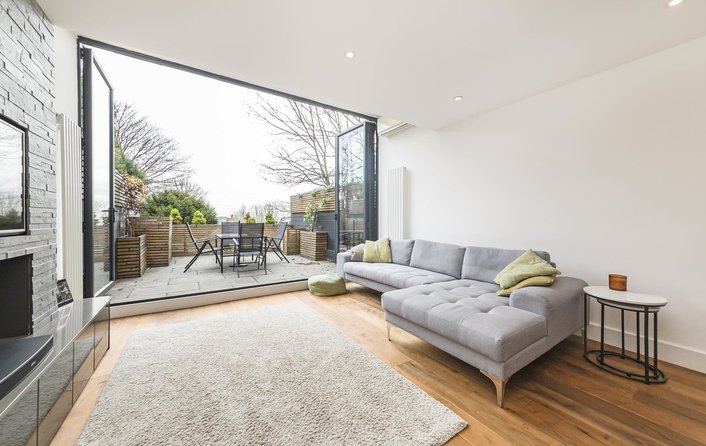 House for sale in Netherleigh Close, Highgate