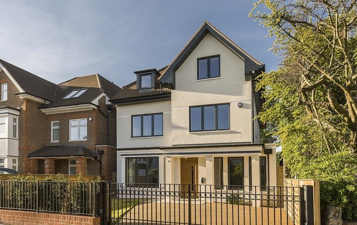 House for sale in The Park, Golders Hill Park