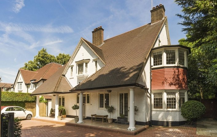 House for sale in West Heath Avenue, Golders Hill Park