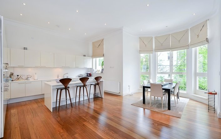 Flat to rent in Belsize Grove, Belsize Park