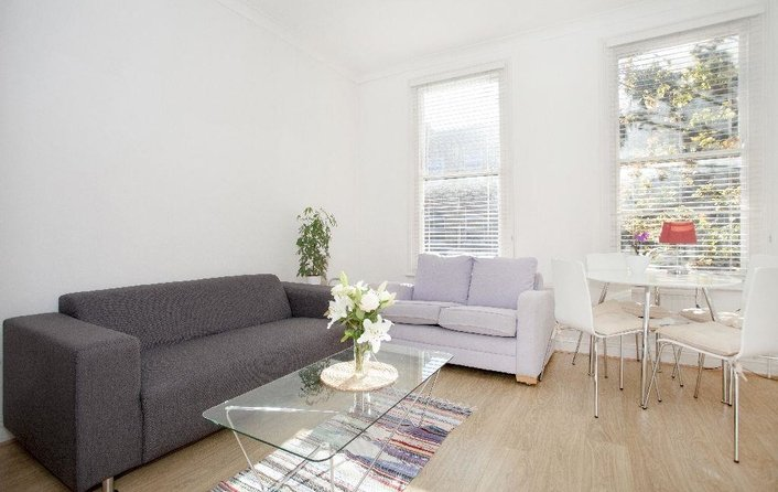 Flat to rent in Fairhazel Gardens, West Hampstead