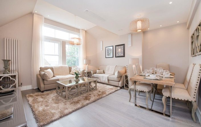 Property to rent in Fitzjohns Avenue, Hampstead