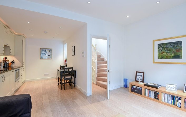 Property to rent in Flask Walk, Hampstead