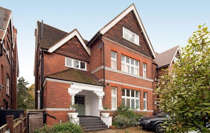 House to rent in Lindfield Gardens, London