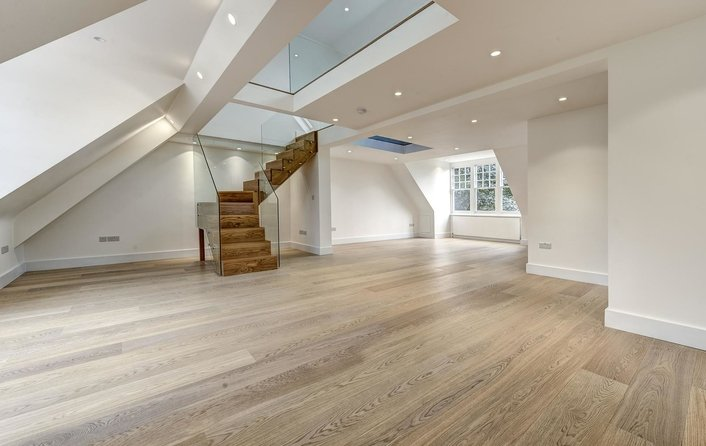 Flat to rent in Maresfield Gardens, Hampstead