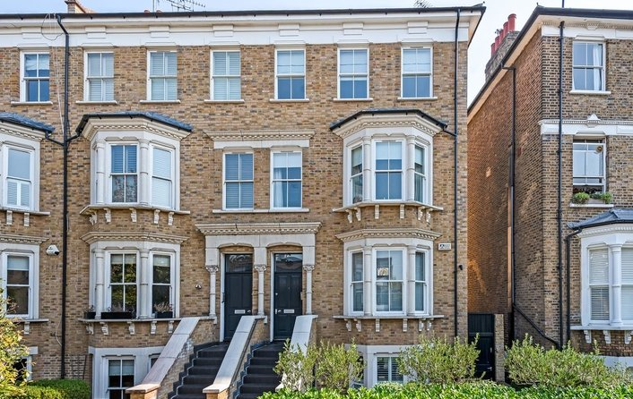 House to rent in South Hill Park Gardens, London