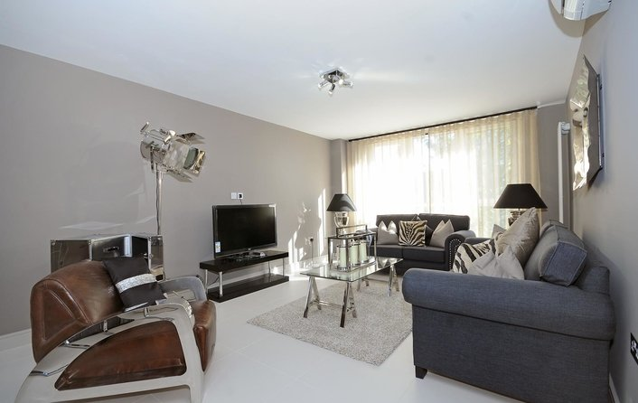 Flat to rent in St. John's Wood Park, St John's Wood