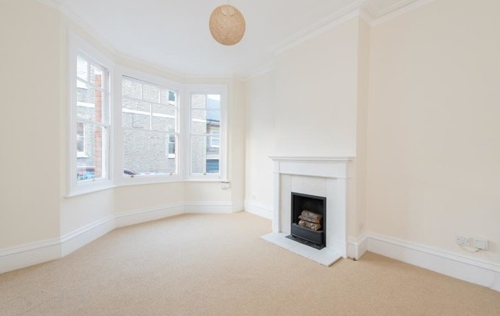 Property to rent in Vale Of Health, London