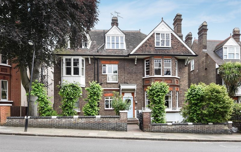 Flat for sale in Daleham Gardens, Hampstead
