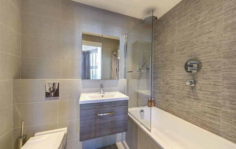 Flat for sale in Fordwych Road, West Hampstead