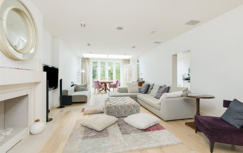 House for sale in Hocroft Road, The Hocrofts