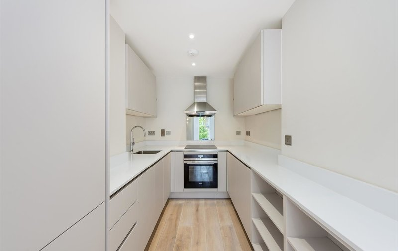 Flat for sale in Lancaster Grove, Belsize Park