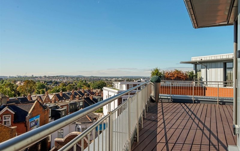 "Flat for sale in Penthouse Apartment, ""The Lightworks"", London"