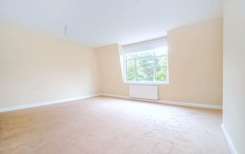 Flat to rent in Aberdare Gardens, South Hampstead