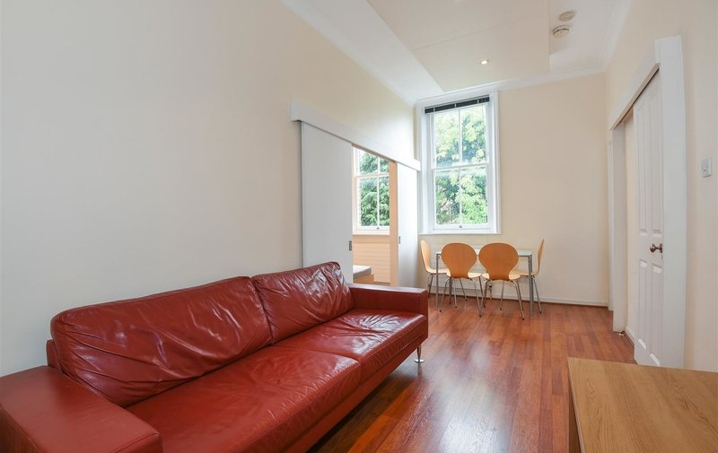 Flat to rent in Broadhurst Gardens, West Hampstead