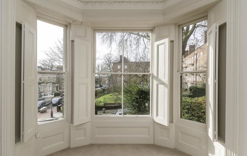 Flat to rent in Christchurch Hill, London