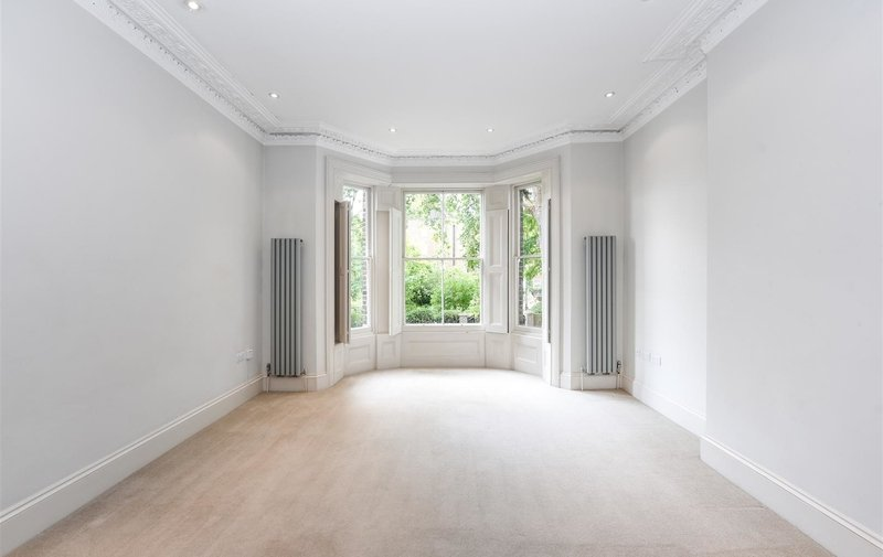 Flat to rent in Christchurch Hill, Hampstead
