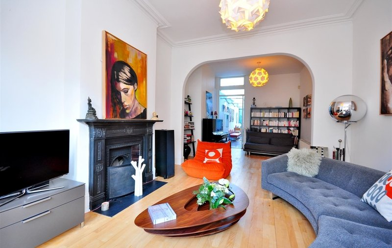 House to rent in Gondar Gardens, West Hampstead