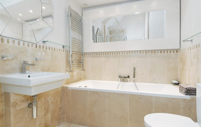 House to rent in Lower Terrace, Hampstead Village