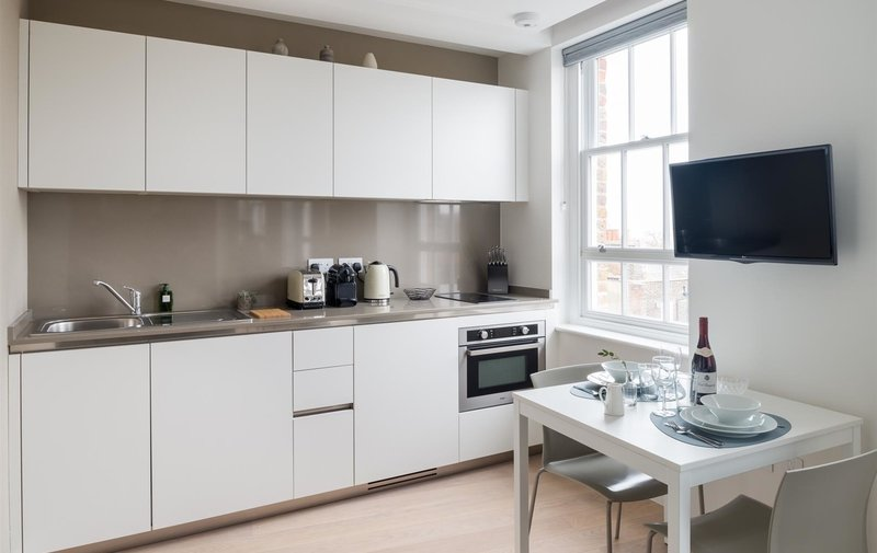 House to rent in Oriel Place, Hampstead Village