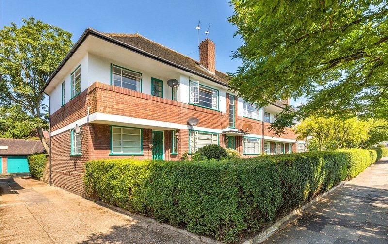 Property to rent in Ossulton Way, Hampstead Garden Suburb