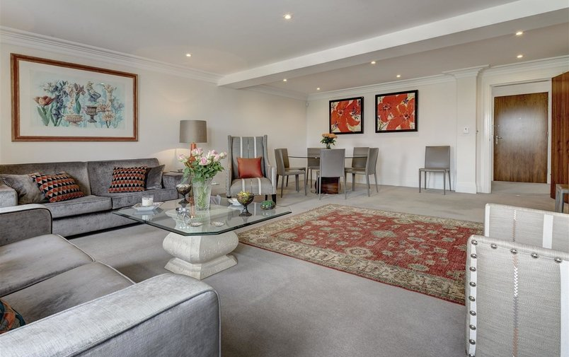 Flat for sale in Havanna Drive, Temple Fortune