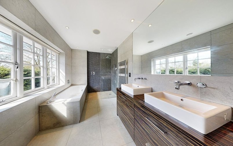 House for sale in Morland Close, Hampstead Garden Suburb