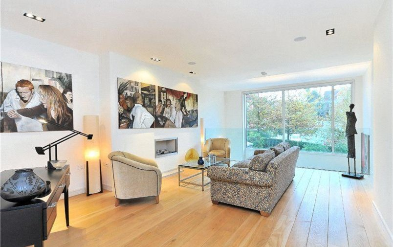 House to rent in Oak Hill Park, Hampstead