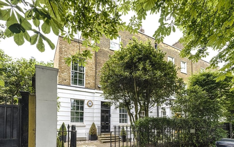 Flat to rent in The Grove, Highgate