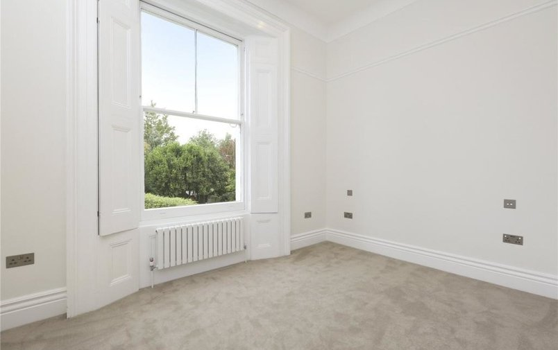Property to rent in Thurlow Road, London